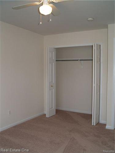 Tiny photo for 29274 GLEN OAKS Boulevard W #55, Farmington Hills, MI 48334 (MLS # 2200060881)
