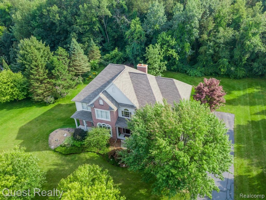 Photo for 7724 PARKCREST Circle, Independence Township, MI 48348 (MLS # 219120882)