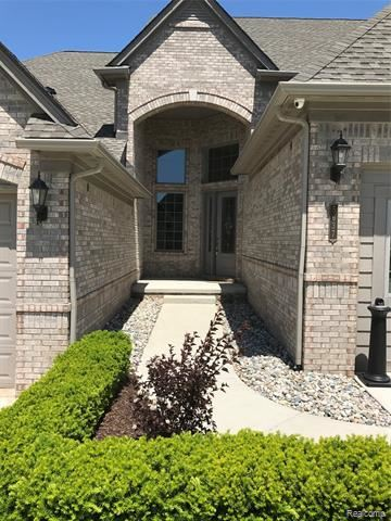 Photo for 5673 KNOB HILL CIRCLE #75, Independence Township, MI 48348 (MLS # 219051922)