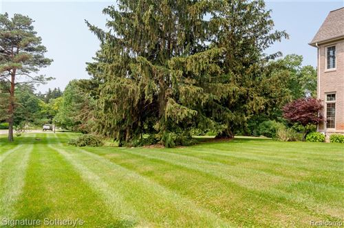 Tiny photo for 7907 BRIDGE VALLEY, Independence Township, MI 48348 (MLS # 2210072945)