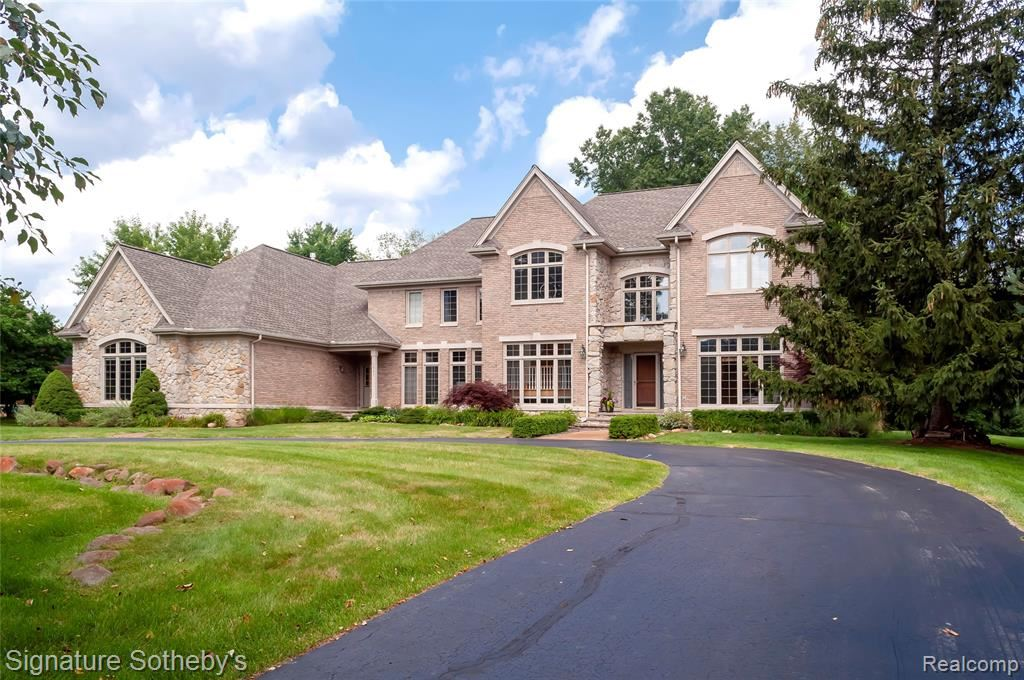 Photo for 7907 BRIDGE VALLEY, Independence Township, MI 48348 (MLS # 2210072945)
