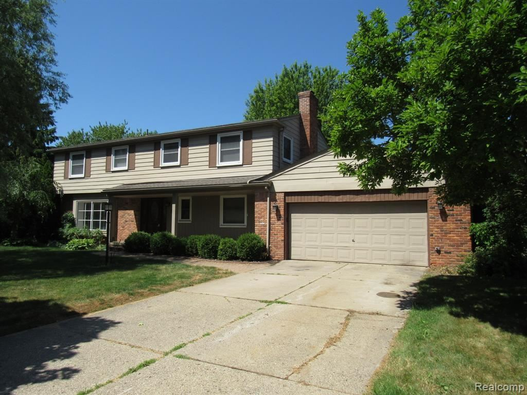 Photo of 31287 CLINE Drive, Beverly Hills Village, MI 48025 (MLS # 2200050951)
