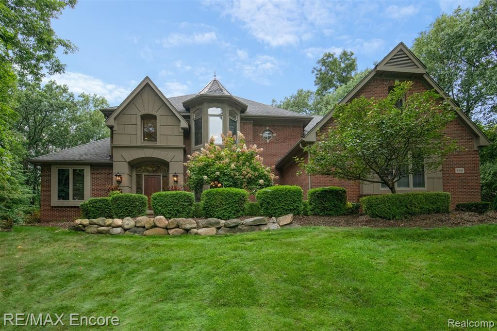 Photo for 8508 ROYAL WOODS Drive, Independence Township, MI 48348 (MLS # 219093959)