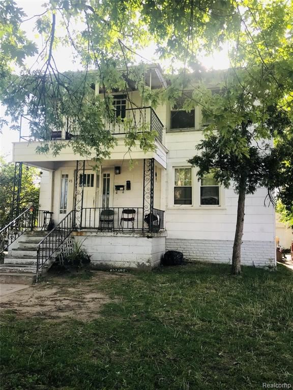 Photo of 93 Beyne Street, Mount Clemens, MI 48043 (MLS # 2200054960)