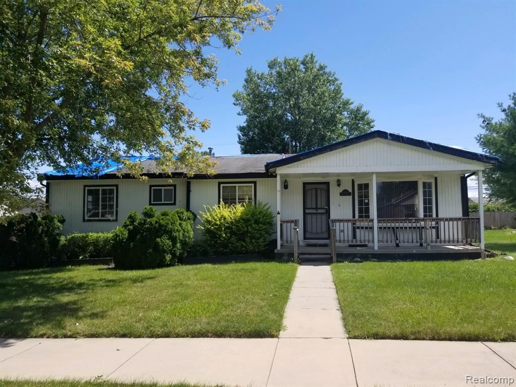 Photo of 34220 VINITA Street, Clinton Township, MI 48035 (MLS # 2200064961)