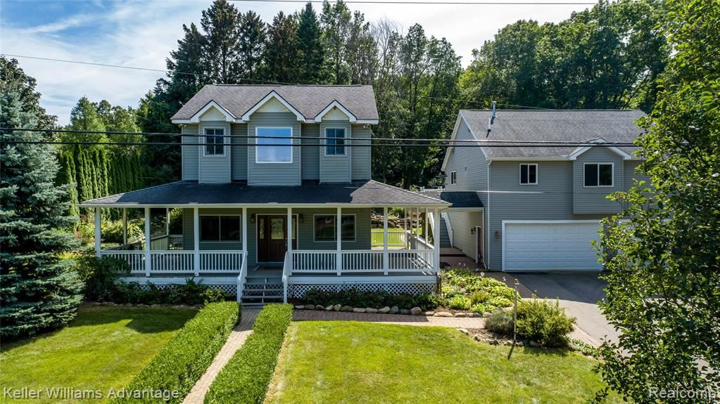 Photo for 5403 WHIPPLE LAKE Road, Independence Township, MI 48348 (MLS # 2210072963)