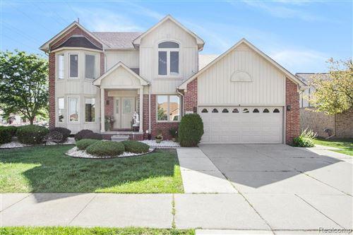 Photo of 50940 ALDEN Drive, Macomb Township, MI 48044 (MLS # 2200058967)