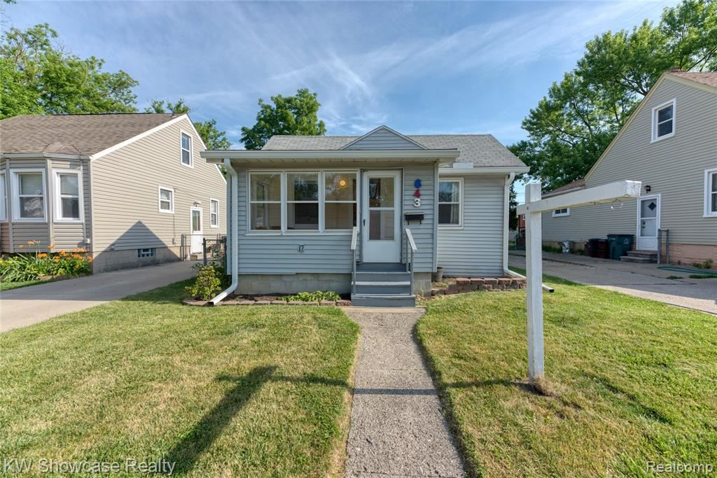 Photo of 643 E SARATOGA Street, Ferndale, MI 48220 (MLS # 2200050967)