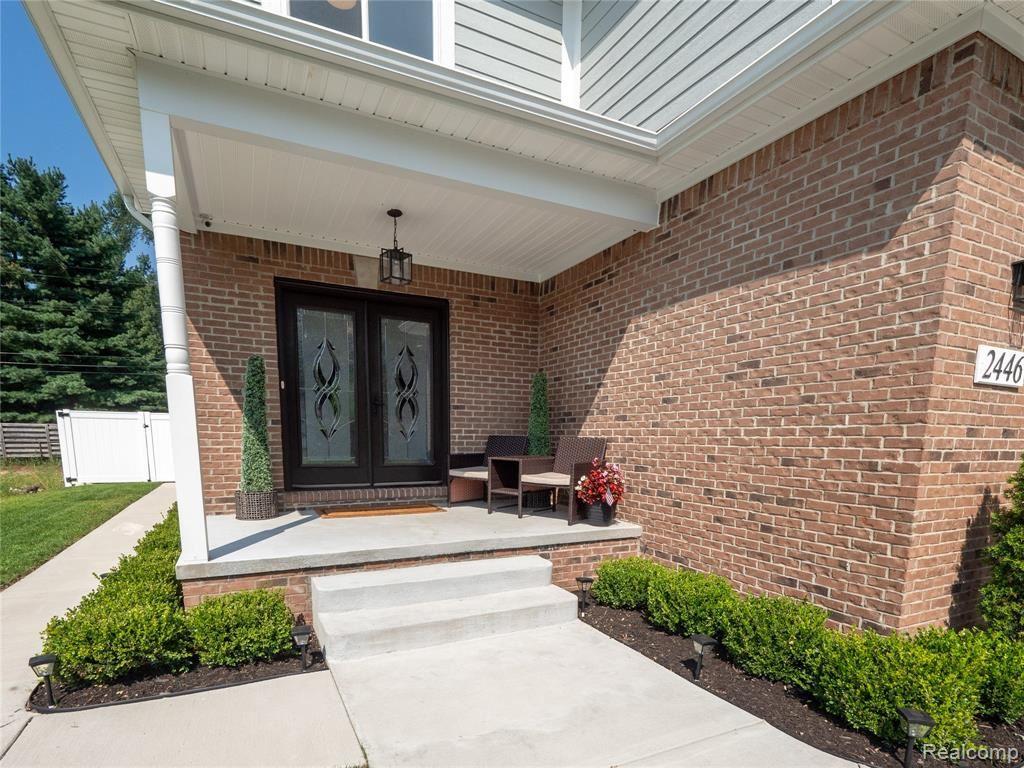Photo of 2446 EASTERN Avenue, Rochester Hills, MI 48307 (MLS # 2210063975)
