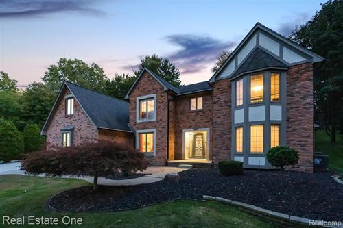 Photo of 1261 Springwood Court, Rochester Hills, MI 48309 (MLS # 2200081980)