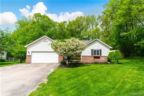 Photo of 8965 WOODLAWN Avenue, Independence Township, MI 48348 (MLS # 2200051989)