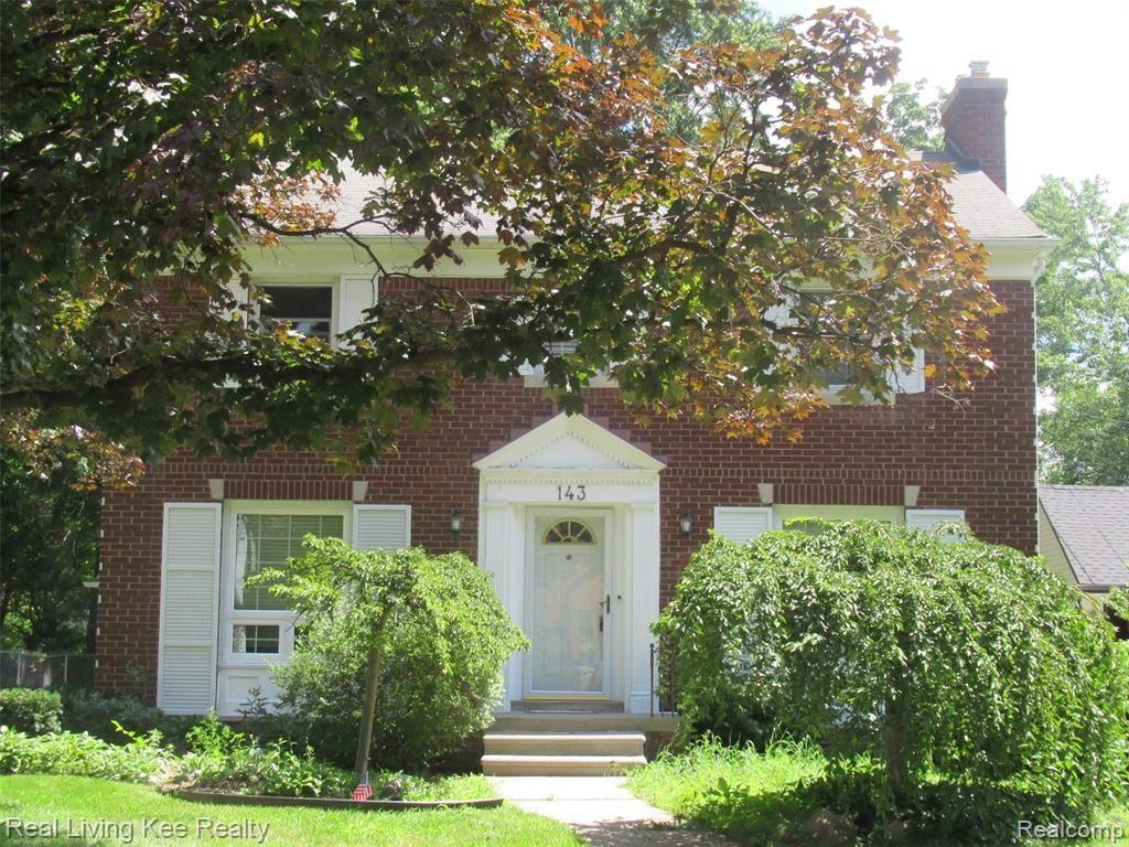 Photo of 143 LODEWYCK Street, Mount Clemens, MI 48043 (MLS # 2210061990)