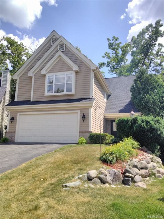 Photo for 7354 CHIPMUNK Hollow, Independence Township, MI 48346 (MLS # 2200052993)