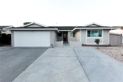 Photo of 2794 Castleton Drive, SAN JOSE, CA 95148 (MLS # ML81843001)