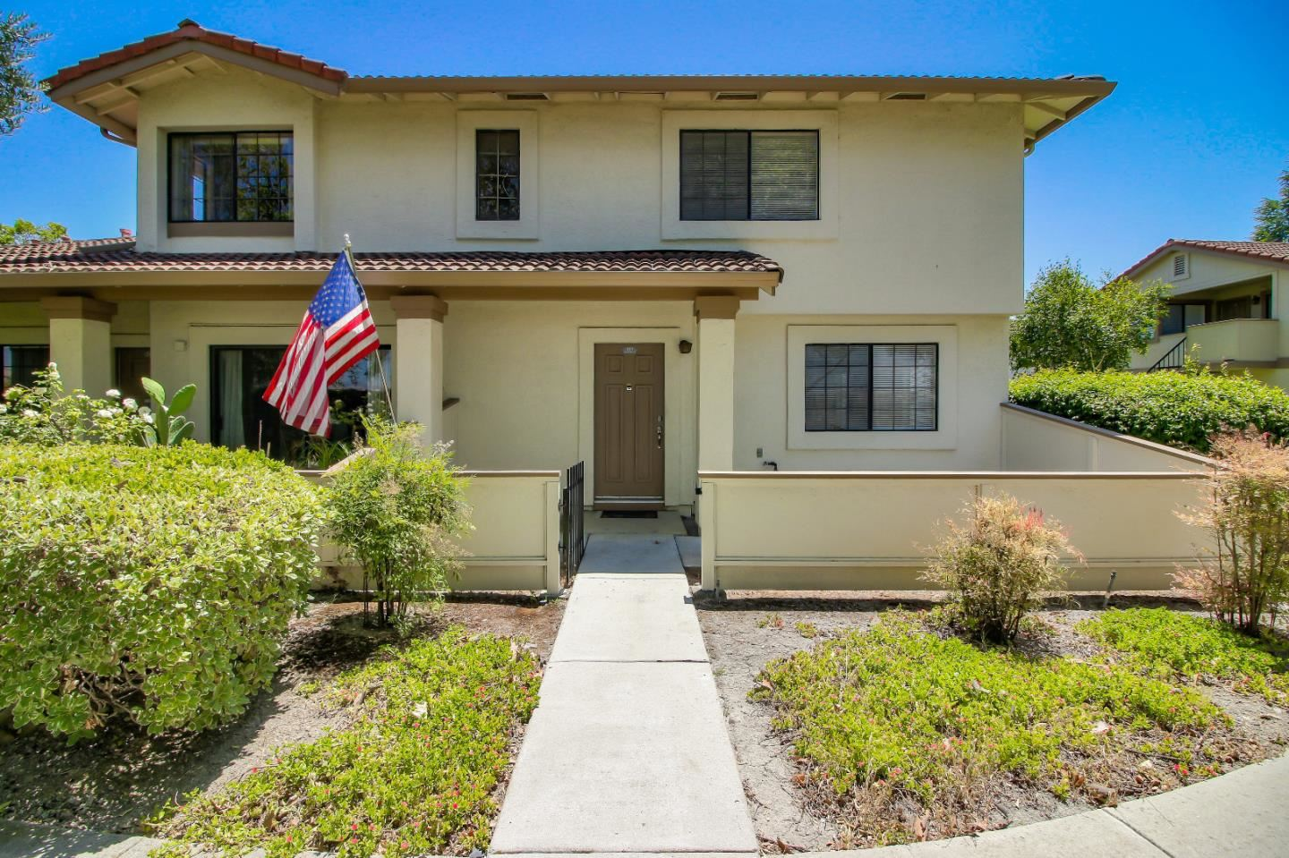 Photo for 407 Colony Crest DR, SAN JOSE, CA 95123 (MLS # ML81799002)