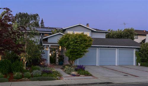 Photo of 3413 Ridgemont Drive, MOUNTAIN VIEW, CA 94040 (MLS # ML81844003)