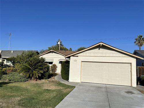 Photo of 4922 Leigh Avenue, SAN JOSE, CA 95124 (MLS # ML81864003)