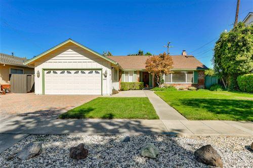 Photo of 2528 Lansford AVE, SAN JOSE, CA 95125 (MLS # ML81812006)