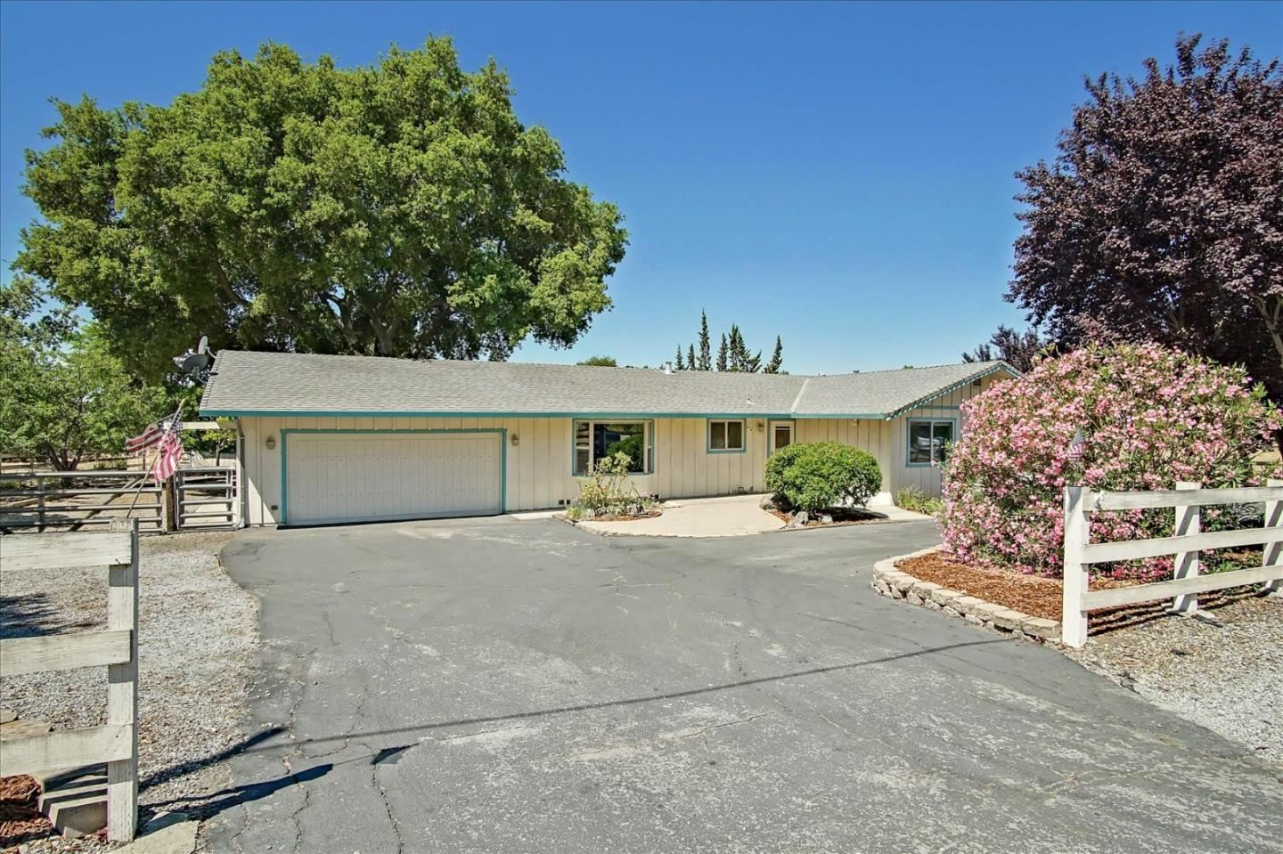 Photo for 7805 Crews Road, GILROY, CA 95020 (MLS # ML81853009)