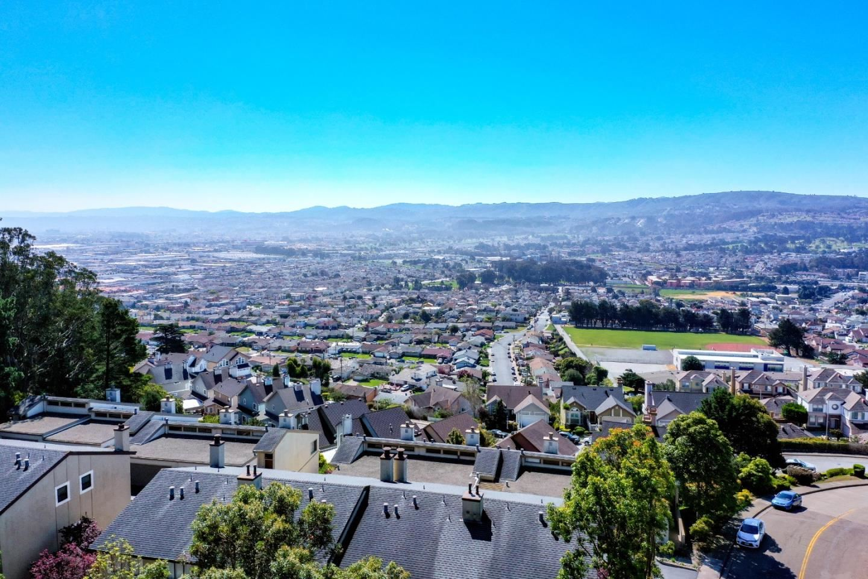 604 Stonegate DR 18 #18, South San Francisco, CA 94080 - #: ML81787015