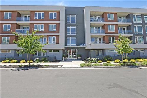 Photo of 5951 Sunstone Drive #313, SAN JOSE, CA 95123 (MLS # ML81849016)