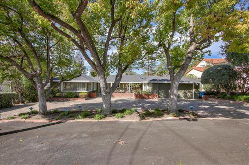 Photo of 5389 Greenside DR, SAN JOSE, CA 95127 (MLS # ML81783017)