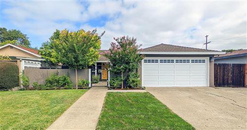 Photo of 414 Hiller Street, BELMONT, CA 94002 (MLS # ML81863019)