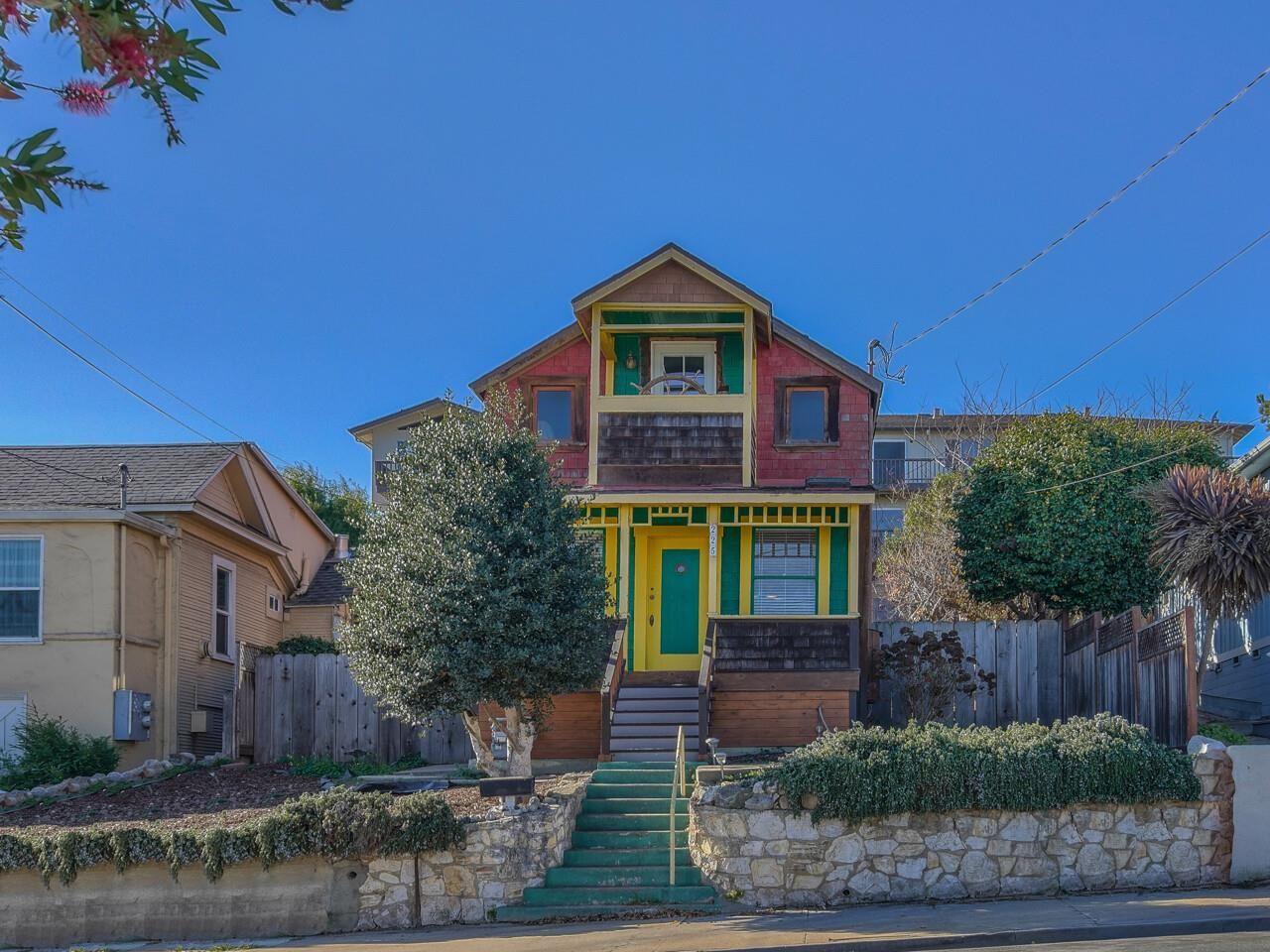 Photo for 225 Hawthorne ST, MONTEREY, CA 93940 (MLS # ML81824020)