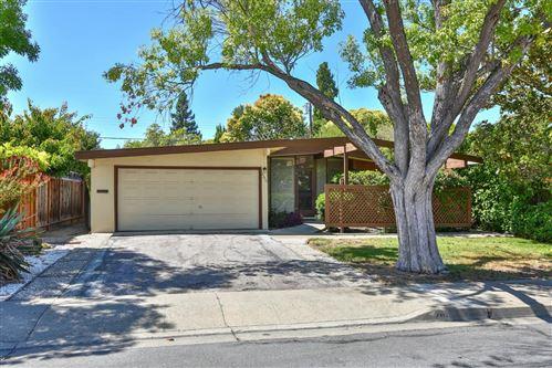 Photo of 266 Lassen Avenue, MOUNTAIN VIEW, CA 94043 (MLS # ML81855025)