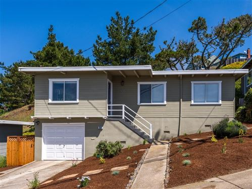 Photo of 555 Manor DR, PACIFICA, CA 94044 (MLS # ML81791026)