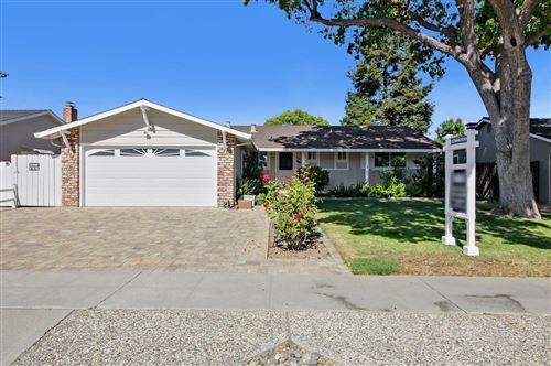 Photo of 1579 Hallbrook Drive, SAN JOSE, CA 95118 (MLS # ML81865029)