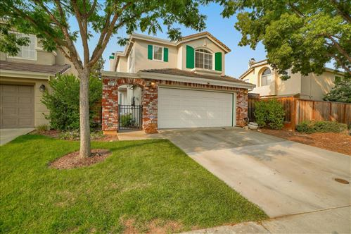 Photo of 551 Birdsong ST, GILROY, CA 95020 (MLS # ML81811033)