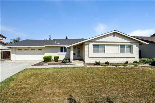 Photo of 4930 Poston Drive, SAN JOSE, CA 95136 (MLS # ML81841034)