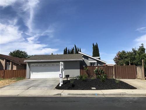 Photo of 1391 Sunnycrest CIR, SAN JOSE, CA 95122 (MLS # ML81797035)