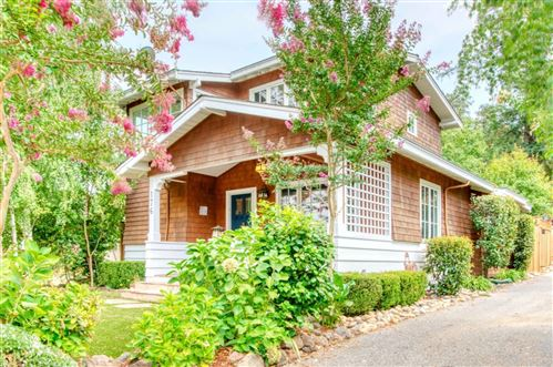 Photo of 176 Villa AVE, LOS GATOS, CA 95030 (MLS # ML81821039)