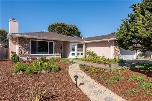 Photo of 150 Tiller CT, HALF MOON BAY, CA 94019 (MLS # ML81839039)