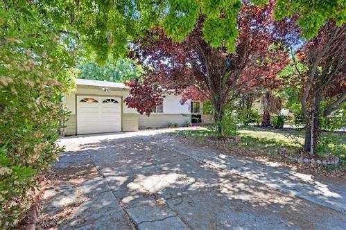 Photo of 2150 Pulgas Avenue, EAST PALO ALTO, CA 94303 (MLS # ML81858041)