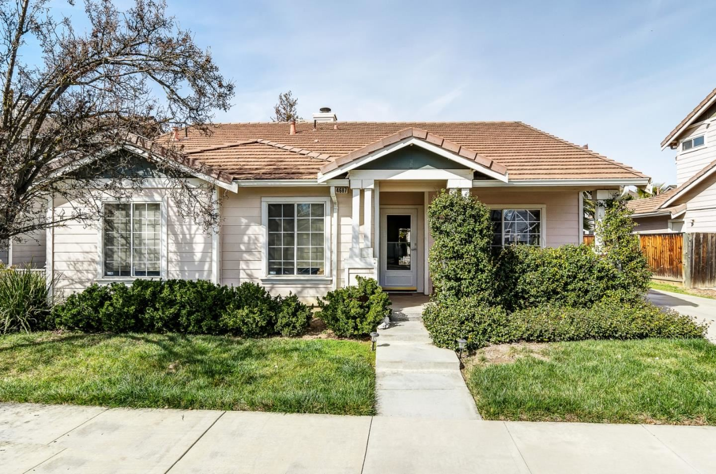 Photo for 4687 Ford ST, BRENTWOOD, CA 94513 (MLS # ML81831042)