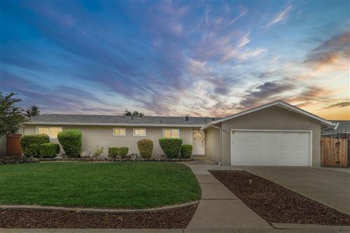 Photo of 2277 Sunrise DR, SAN JOSE, CA 95124 (MLS # ML81810044)