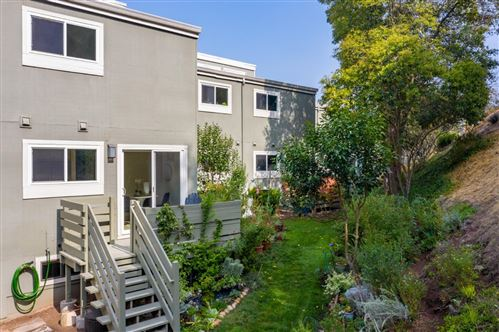 Photo of 4028 Farm Hill BLVD 2 #2, REDWOOD CITY, CA 94061 (MLS # ML81811044)