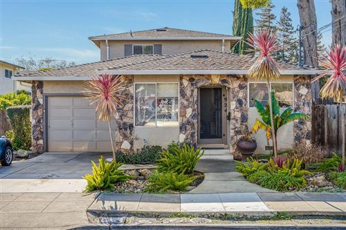 Photo of 924 Cleveland ST, REDWOOD CITY, CA 94061 (MLS # ML81828046)