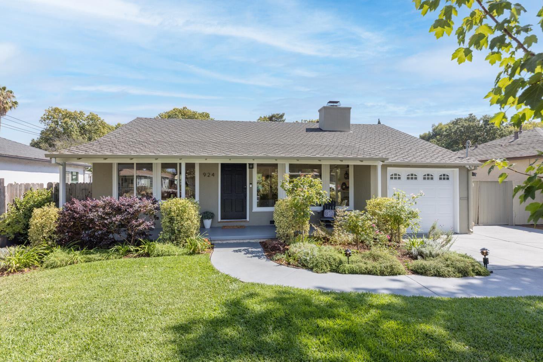 924 15th Avenue, Redwood City, CA 94063 - #: ML81863046