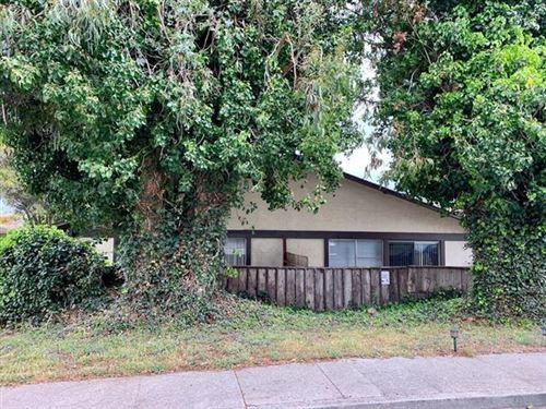 Photo of 809-811 Rosita RD, PACIFICA, CA 94044 (MLS # ML81797048)