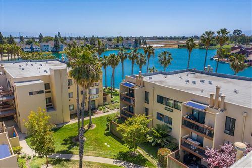 Photo of 918 Beach Park Boulevard #53, FOSTER CITY, CA 94404 (MLS # ML81843048)