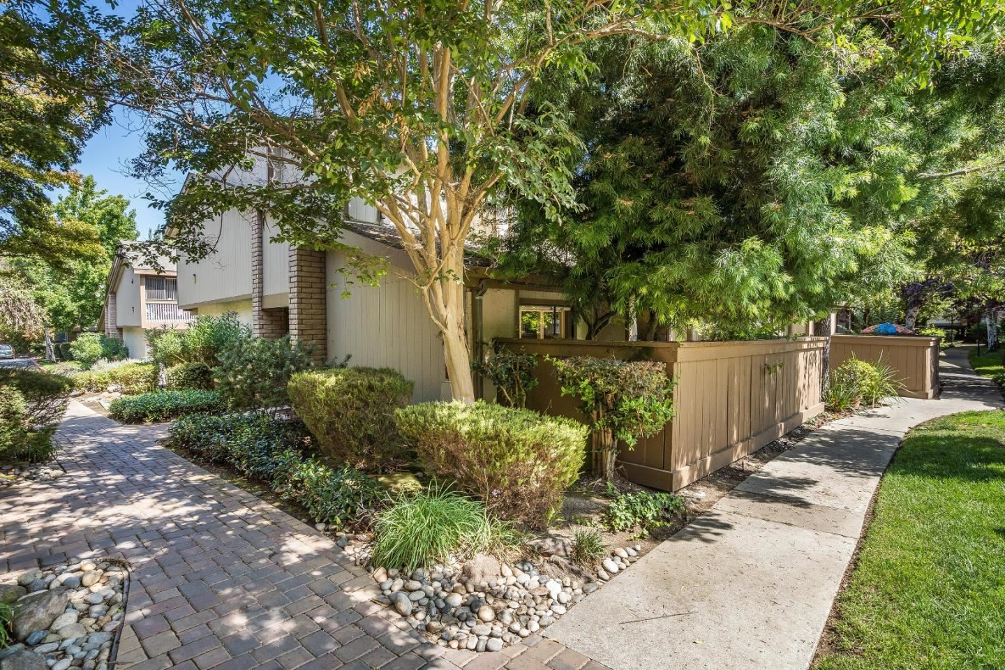 Photo for 49 Showers DR F433 #F433, MOUNTAIN VIEW, CA 94040 (MLS # ML81811048)