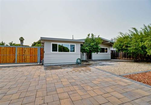 Photo of 819 Leong DR, MOUNTAIN VIEW, CA 94043 (MLS # ML81834055)