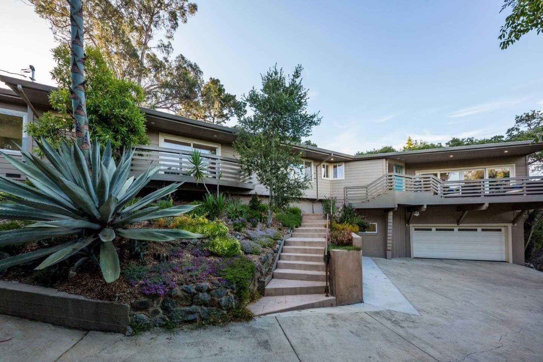 Photo for 790 Bowhill Road, HILLSBOROUGH, CA 94010 (MLS # ML81850055)