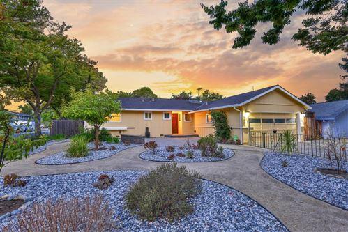 Photo of 3895 Willowood Drive, SAN JOSE, CA 95118 (MLS # ML81863057)