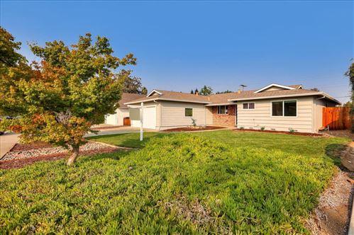 Photo of 800 Monica LN, CAMPBELL, CA 95008 (MLS # ML81815058)