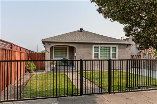 Photo of 166 E Humboldt ST, SAN JOSE, CA 95112 (MLS # ML81811060)